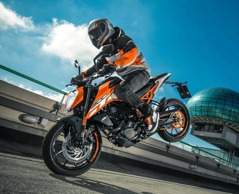KTM Duke 250 Price, design, Mileage, Specifications and Features
