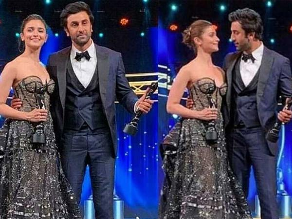 Photo of Filmfare Awards 2019: Alia-Ranbir wins Best Actor Awards, Deepika says Ranbir is her Favourite, Ranveer Went Down on Knees for Deepika : See Details