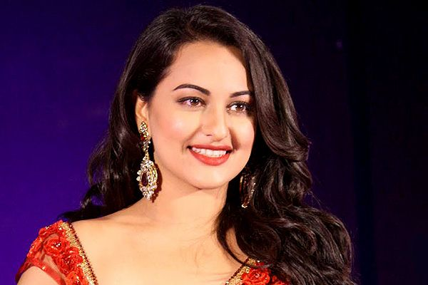 Photo of Sonakshi 's Movie Khandaani Shafakhana Is In Legal Trouble !