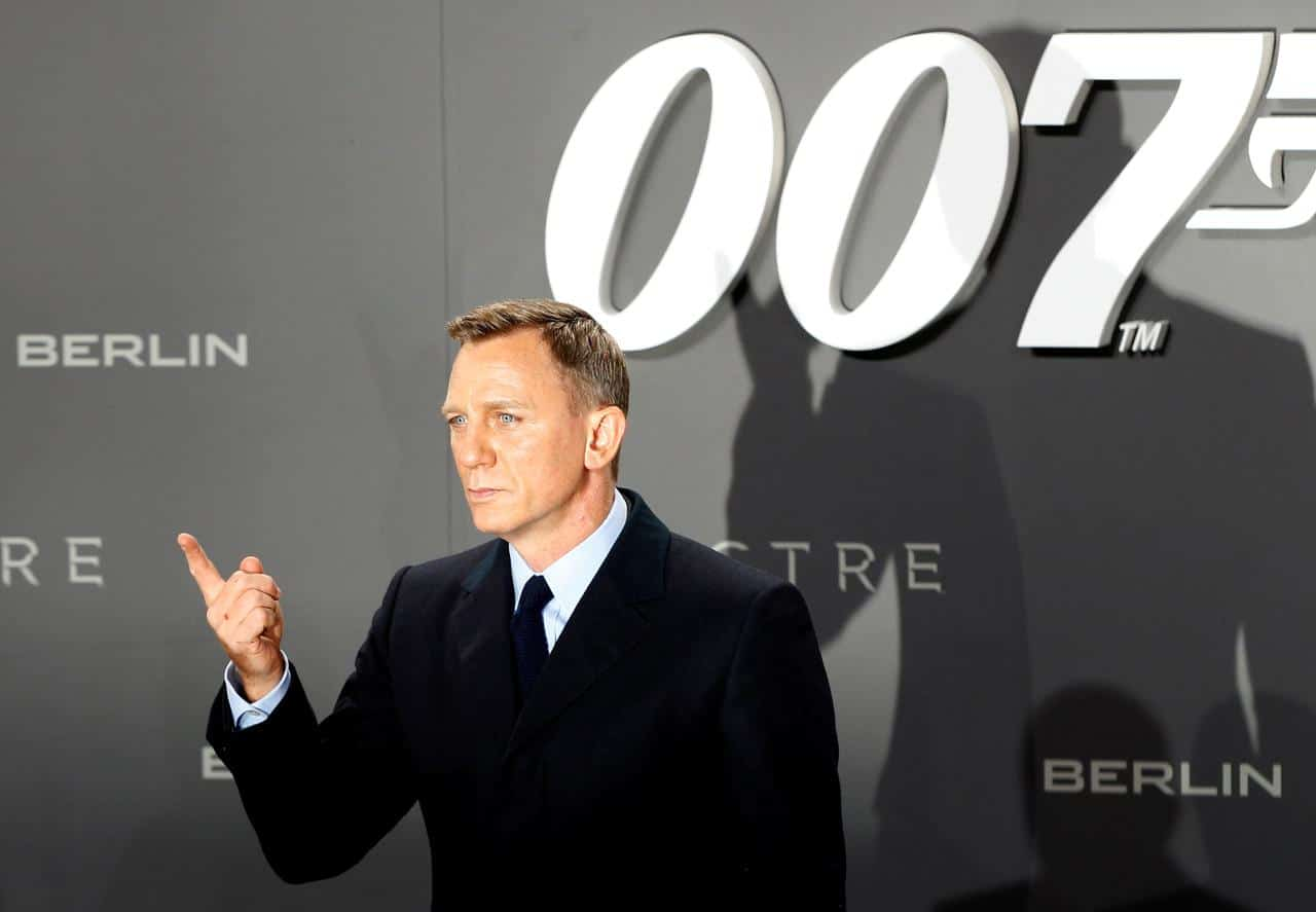 "Photo of Latest Bond Movie No Time To Die"""" Teases Fans with small Glimpse and Trailer Release"