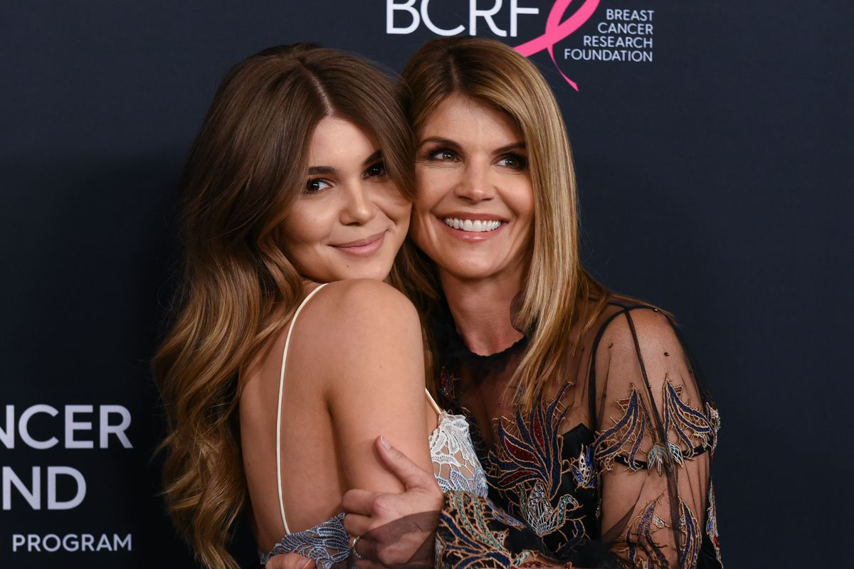 Olivia Jade, Lori Loughlin's Daughter Returns to YouTube After College Admission Drama