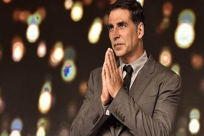 Photo of Akshay Kumar donated Rs 25 cr to PM's relief fund. Bollywood lauded him.