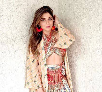 Photo of Kanika Kapoor tests positive for covid -19